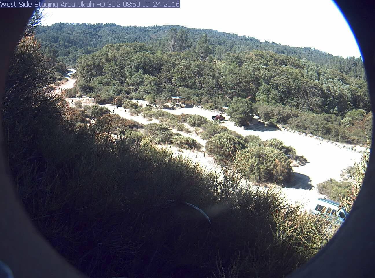 Thumbnail of automatically archived image from live webcam; click for larger image.
